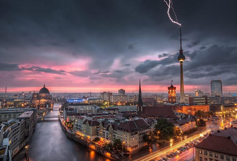 Aluguel de carro em Berlim: Economize muito