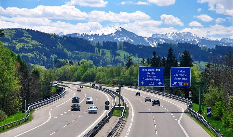 Aluguel de carros em Frankfurt: Economize muito