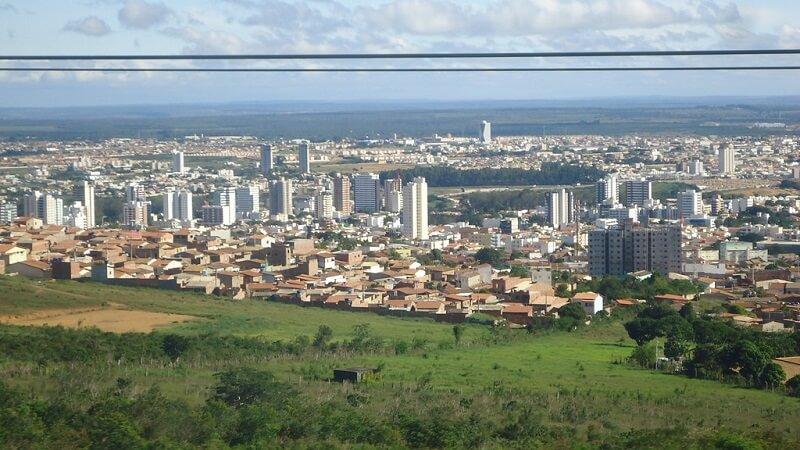 Aluguel de carro em Vitória da Conquista: Economize muito!