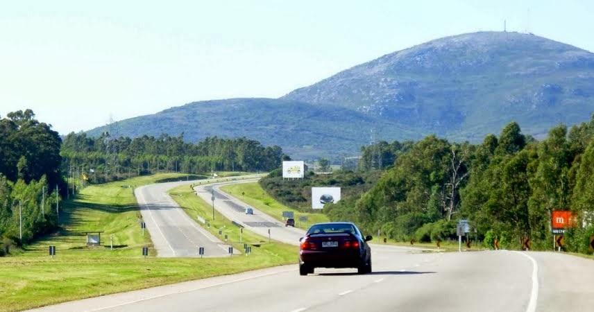 Viagem de carro alugado pelas estradas do Paraguai